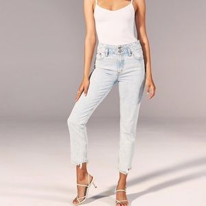 DOUBLE WAIST HIGH RISE MOM JEANS